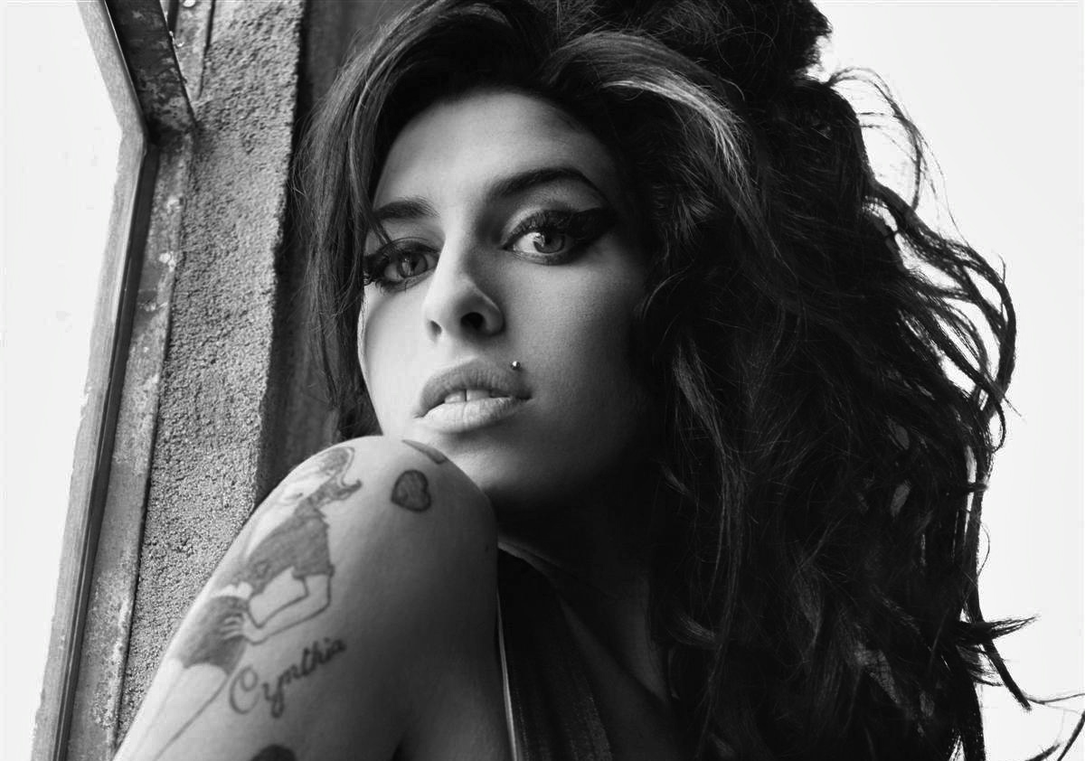 Amy Winehouse - Actress Wallpapers