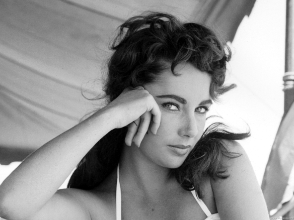Elizabeth Taylor Wallpaper 06