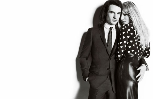 A-British-Love-Story--Sienna-Miller-Tom-Sturridge-Star-In-Burberry_s-New-Campaign-1